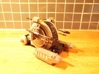 LEGO Star Wars 7748 Corporate Alliance Tank Droid