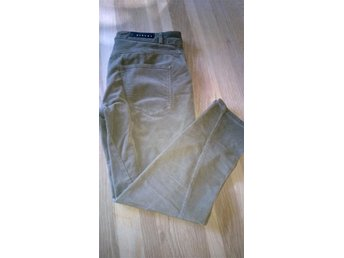 SISLEY BARCELONA JEANS MANCHESTER LOOSE FIT BYXOR 31 L XL