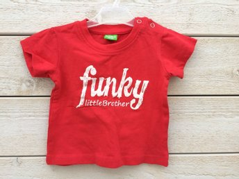 Ny t-shirt, Lillebror, funky little brother, 62 (68)