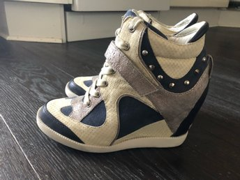 Guess sneakers 36str
