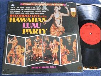 TINY AND HIS HAWAIIAN BUBBLES - Hawaiian Luau Party, Tifton LP USA 60-tal