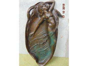 BEAUTIFUL woman in bronze 1880-1920 - Nowogard - BEAUTIFUL woman in bronze 1880-1920 - Nowogard