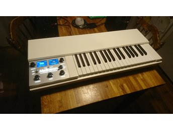 Mellotron M4000D Mini Digital Chamberlain
