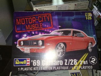 Revell Monogram 1/25 1969 Camaro Z/28 (2 in 1)