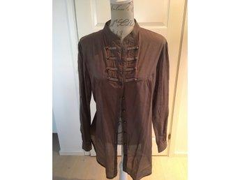 ᐈ Köp Damskjortor   blusar storlek 42 44 på Tradera • 3 276 annonser f950f4ce2267d