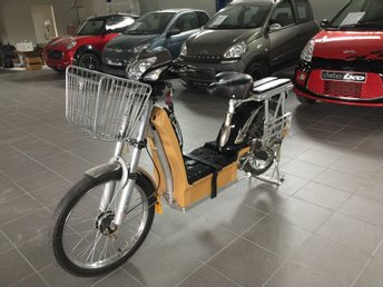 Elmoped (Praktisk & Välutrustad)