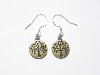 Träd örhängen / Tree earrings