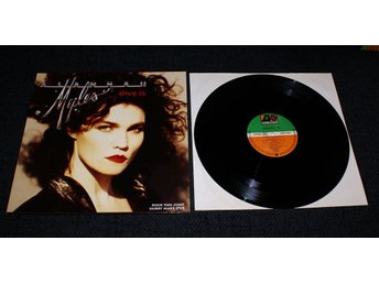 "Alannah Myles Love is ""MAXI"""