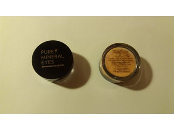 Pure mineral eyes shimmer shadow champagnefärgad