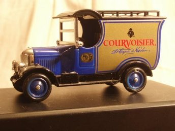 MORRIS BULL NOSE VAN ;Courvoisier LLEDO Days Gone.