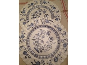 Wow  English  Staffordshire  Classic  white  Blue Nordic 2 assietter. Nyskick