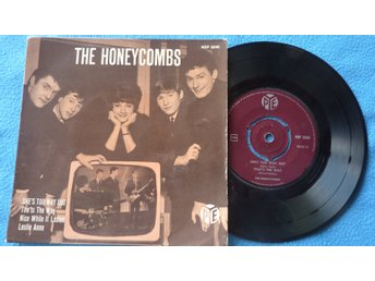 "EP THE HONEYCOMBS - ""SHE´S TOO WAY OUT"" + 3 - 1965"