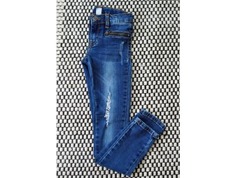 Supersnygga  stretchjeans stl 140