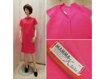 Vintage retro Mamma klänning A linjeformad bubbelgumsrosa crimplene 60 tal