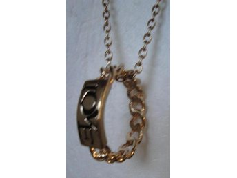 halsband ring med text