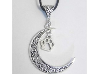 Tass måne halsband / Paw moon necklace