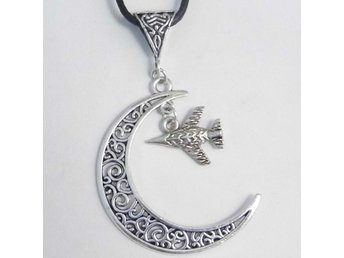 Jaktplan måne halsband / Fighter plane moon necklace