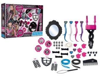 MONSTER HIGH FRISYRSET Ord pris 399.00:-