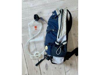 North face, camelback ryggsäck för löpning, cyc.. (413288844