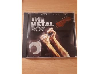CD THE METAL BOX