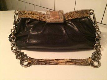 Vintage Prada handväska - Vitello Skipper Frame Nero - svart kalvskinn - Enskede - Vintage Prada handväska - Vitello Skipper Frame Nero - svart kalvskinn - Enskede