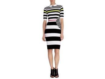 Karen miller klänning, stl 2, som ny - Stocksund - Karen miller klänning, stl 2, som ny - Stocksund