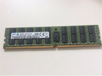 16 GB DDR4  Samsung PC4 M393A2G40D80 only for server eller Workstation data