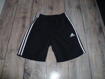 d7a8b20af6e Adidas badbyxor svarta med vita ränder st. 152 (344823535) ᐈ Köp på ...