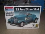 Revell Monogram 1/24 1932 Ford Street Rod