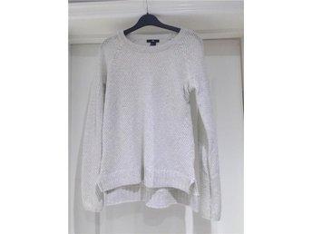 Fin stickad tröja med glitter från H&M strl L (38) - Säve - Fin stickad tröja med glitter från H&M strl L (38) - Säve