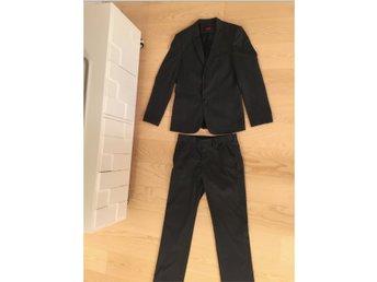 Ursnygg grå kavaj & byxor, kostym (403081126) ᐈ Köp på Tradera