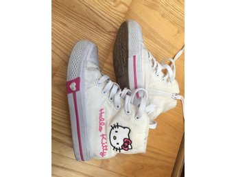 Hello Kitty snickers stl 26