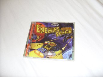 Enemies from Space SoftKey shoot em up space PC CD ROM spel retro 1997