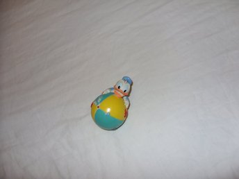 Disney Donald Duck figur med badboll Luvn Care vintage & retro
