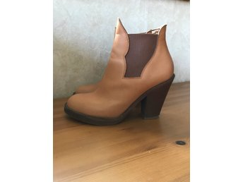 Acne Star boots stl 39 Natur