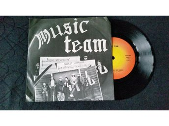 MUSIC TEAM / FUNNY WAY OF LIVIN' / HSP 1006 /