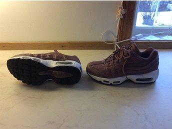finest selection 5d581 80bd3 Sneakers Nike Air Max 95 dam storlek 37,5