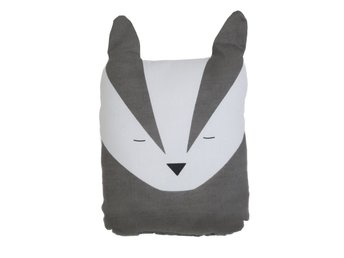 ANIMAL CUSHION BOLD BADGER