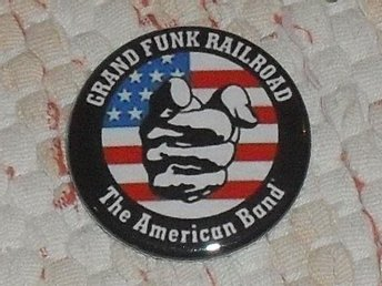 GRAND FUNK Railroad - 3,5 cm Badge/ Pin/ Knapp (American Band, MC5, Blue Cheer,)
