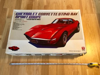 Corvette stingray 1:12 bandai vintage big scale retro modell