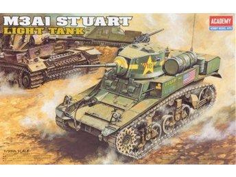 Academy M3A1 STUART 1/35 - Lund - Academy M3A1 STUART 1/35 - Lund