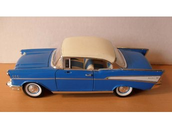 1957 CHEVROLET BELAIR Scale 1/24 SS 8712