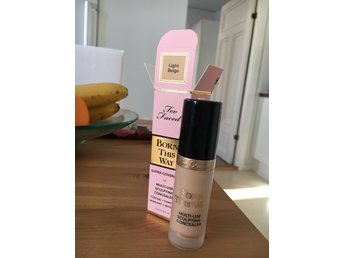 Too Faced borned this way super coverage concealer