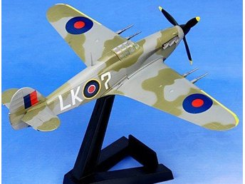 Easy Model Hawker Hurricane II - 1942 - 1/72 scale - 1-kronas!