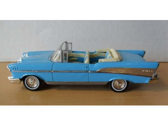 Dinky - 1957 CHEVROLET BELAIR Sport Coupe