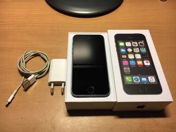 iPhone 5s Space grey 16 GB med original laddare