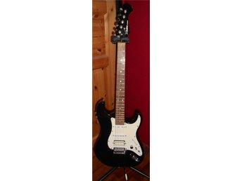 X Guitar ALESIS med inbyggda effekter - Hörby - X Guitar ALESIS med inbyggda effekter - Hörby