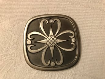 Hängsmycke design Pewter H.S Storvallen Made in Norway tenn??
