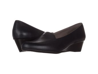 Javascript är inaktiverat. - Columbus - Aerosoles Lovely Sneakers Blå 40.5 EUAerosoles Lovely Slip-On Low Wedge Loafers 669, Dark Blue, 10.5 USVarumärke (Brand): AerosolesFärg (Color): Blå (Dark Blue)Material överdel (Material): Läder (Leather)Klackhöjd (Heel): 4.45 CM (1.75 I - Columbus