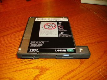 Floppydrive  IBM ThinkPad 600 /E/X 05K8874